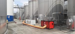reinigen en coaten van opslagtanks